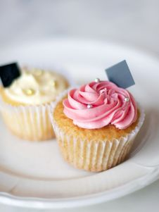 Free Cupcakes Royalty Free Stock Photo - 19580475