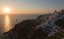 Free This Is The Beautiful And Famous Sunset At Oia Stock Photography - 19583242