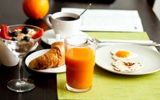 Free Delicious Breakfast With 2 Hearts Royalty Free Stock Photos - 19584628