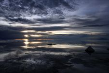 Free Sunset Over The Bolivian Saltflats Royalty Free Stock Image - 19586496