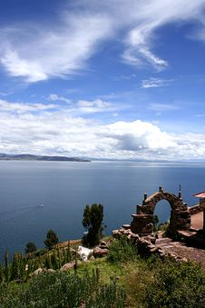 Free View From Isla Del Sol Lake Titicaca Royalty Free Stock Image - 19586686