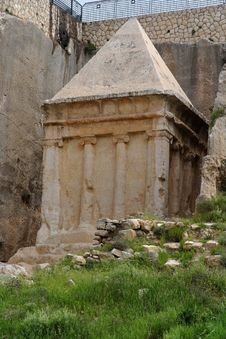 Free Ancient Tomb Of Zechariah In Jerusalem Stock Photo - 19590590