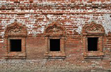 Free Vintage Windows In Ancient Monastery Stock Photography - 19590612