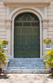 Free Ancient Art Palace Door Stock Photo - 19591710