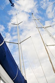 Free Masts Of Yachts Royalty Free Stock Photography - 19596187