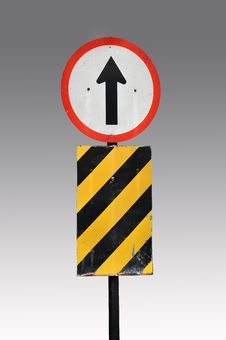 Free Direction Traffic Sign Royalty Free Stock Images - 19598079