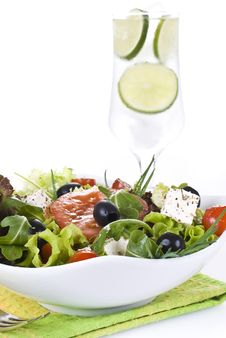 Free Fresh Salad With Drink Royalty Free Stock Images - 19599449