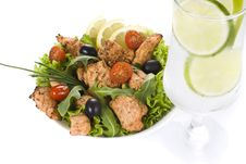 Free Chicken And Vegetable  Salad With Drink Royalty Free Stock Photos - 19599518