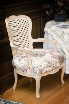 Free Fancy Chair Royalty Free Stock Images - 1968799