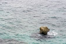 Free Stone Stair In The Sea Royalty Free Stock Image - 1968816