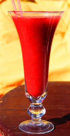 Free Strawberry Smoothie Royalty Free Stock Photography - 1969327