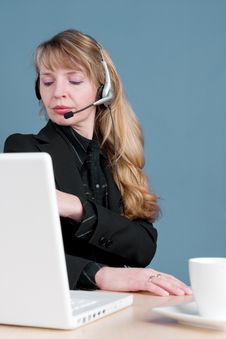 Free A Blond Customer Service Agent Royalty Free Stock Photos - 1969328
