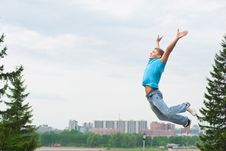 Free Young Man Jumping In Air Stock Photography - 19601672