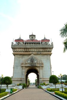 Free Patuxay Victory Of Vientiane Royalty Free Stock Photography - 19605857