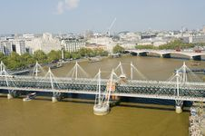 Free London Foot Bridge Royalty Free Stock Photo - 19611355