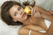 Free Beautiful Woman Eatting An Apple Royalty Free Stock Images - 19612169