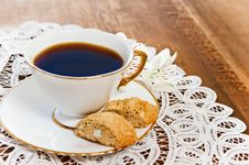 Free Cookies And Coffee With Flower Stock Images - 19612404