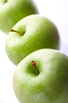 Free Three Ripe Green Apples Stock Photos - 19614603