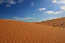 Free Red Sand Dunes Stock Photo - 19615370