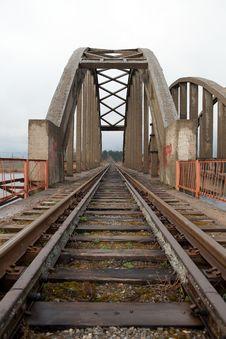 Free Railway Bridge Royalty Free Stock Photo - 19616885