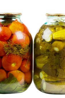 Free Jars Of Pickles And Tomatoes Royalty Free Stock Images - 19618069