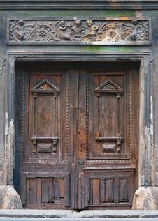 Free Ancient Wooden Door Royalty Free Stock Photography - 19619557