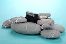 Free Obsidian Over Rocks Royalty Free Stock Photography - 19623827