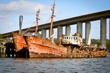 Free Old Rusted Ship Stock Photography - 19625992