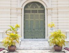 Free Old Door In Thailand Located In Grand Palace Royalty Free Stock Photography - 19627347