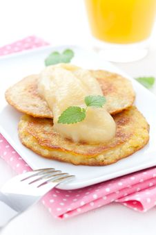 Free Fresh Potato Pancakes Royalty Free Stock Photography - 19628757