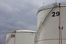 Free Oil Tanks Stock Image - 19631331