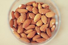 Free Almonds Royalty Free Stock Images - 19635899
