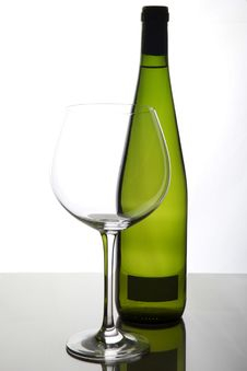 Free Glass And Bottle Of Wine Royalty Free Stock Photos - 19639708