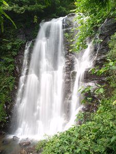 Free Chunu (Virgin) Waterfalls Royalty Free Stock Photos - 19640748