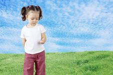 Free The Child Playing In The Field Stock Images - 19645124