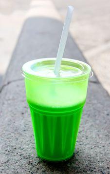 Free Green Milkshake Royalty Free Stock Photography - 19645637