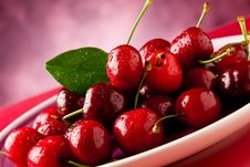 Free Plate With Cherries Stock Image - 19646781