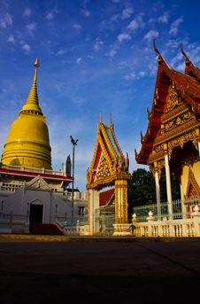 Free Buddhist Pagodas Stock Images - 19650704