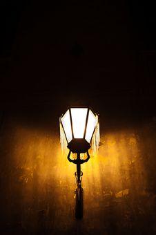 Free Street Lamp Royalty Free Stock Image - 19650946