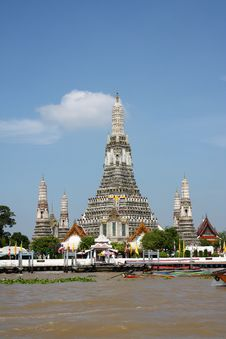 Free Arun Temple, Bangkok, Thailand Royalty Free Stock Photo - 19651825