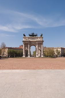 Free Arco Della Pace In Milan Stock Images - 19655524