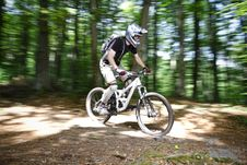Free Downhill Mountain Bikers Stock Photos - 19655583