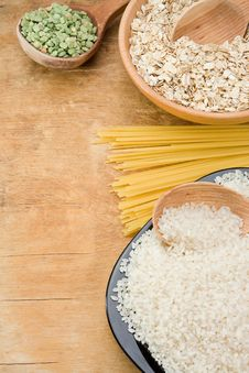 Free Rice, Pea, Spaghetti And Oat In Plate Stock Photos - 19655603