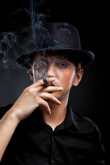 Man With Hat And Cigar In Black & White Royalty Free Stock Photos