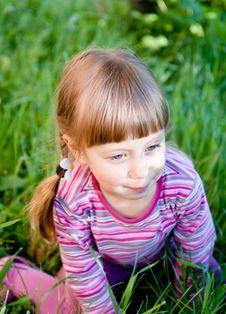 Free Cute Toddler  Girl In The Garden Stock Photos - 19666413