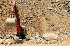 Free Stone Quarry Excavator Royalty Free Stock Image - 19667526