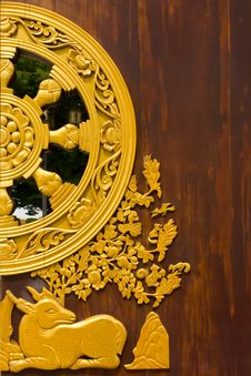 Dharma Jakra On Chinese Temple Gate Royalty Free Stock Photography