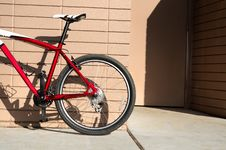 Free Red Bicycle Stock Image - 19670341