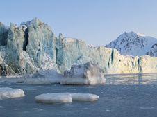 Free Antarctic Winter Landscape - Glacier Royalty Free Stock Image - 19673286
