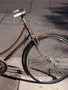 Free Rusty Bike Royalty Free Stock Photo - 19675405